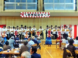20141019金田福祉まつり KKうたクラブさんフラダンス.jpg